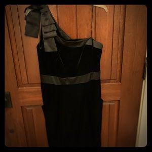 NWOT Jessica Simpson One Shoulder dress w/ pockets